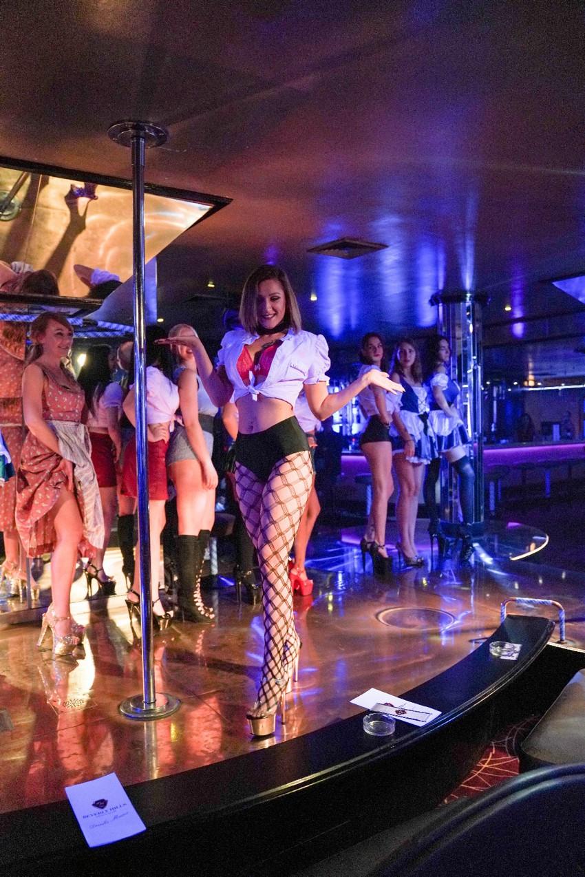 Der Tanz Im Stripclub